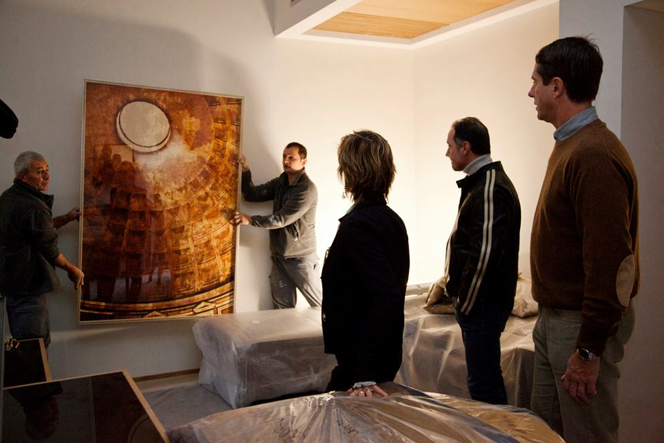 Installation of a 6 fresco photograph, Pantheon Solstice in Rome Luxury Suites
